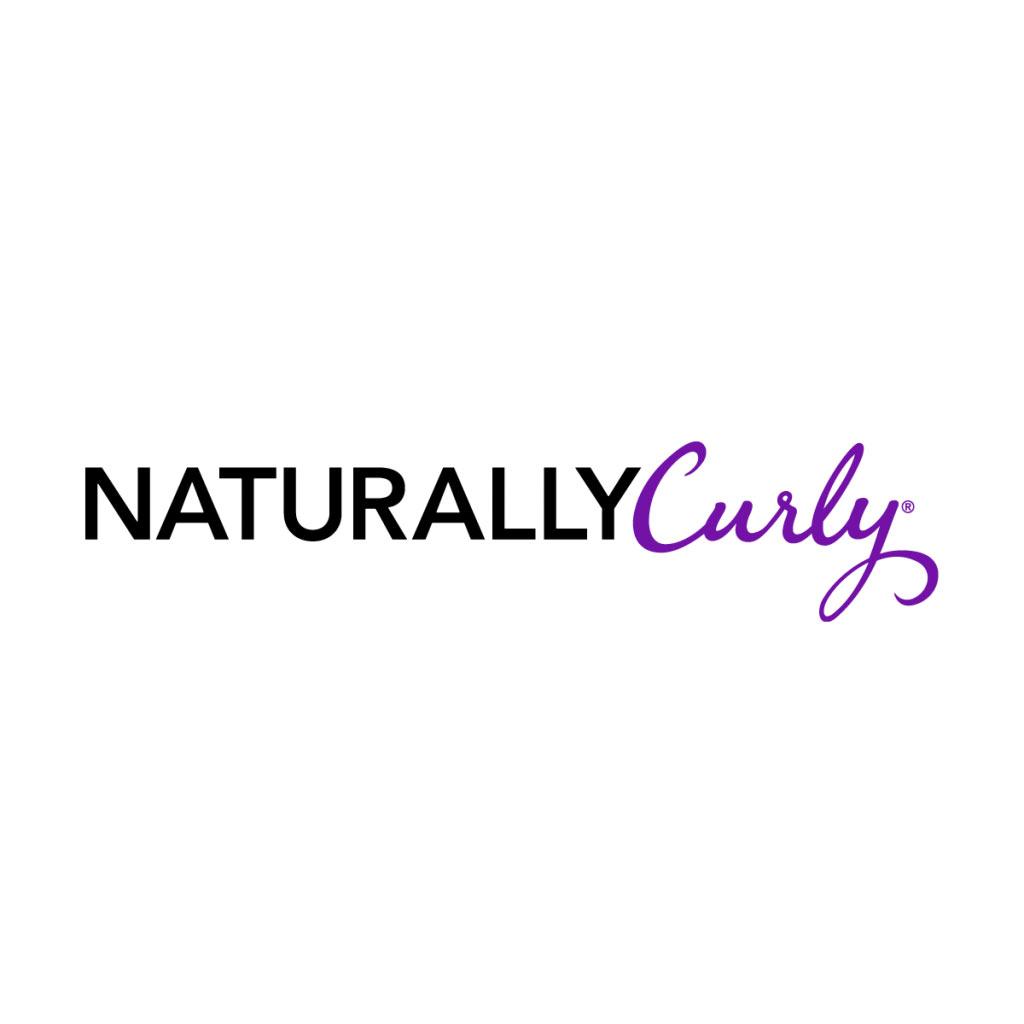 NaturallyCurly - 5 elementos esenciales para el cabello que toda chica rizada universitaria necesita